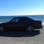 BMW e34 535iA am Strand in Andalusien